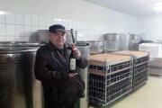 Vinár Alojz Masaryk zo Skalice sa vinárstvu venuje viac ako 40 rokov.