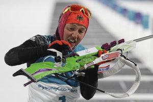 Nemka Laura Dahlmeierová zopakovala skvelý výkon zo šprintu a v Pjongčangu získala svoju druhú zlatú medailu.