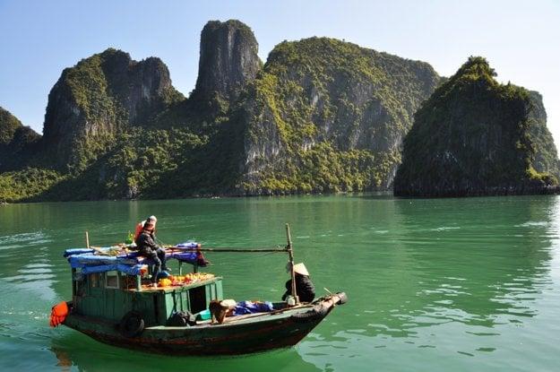 Halong Bay, zátoka plná dračích zubov