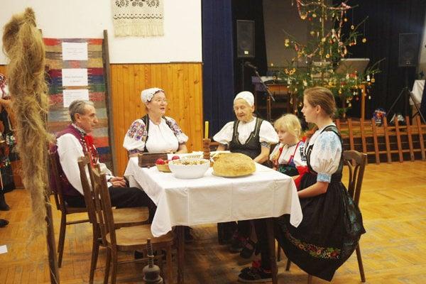 Skupina Záriečanka zachováva staré zvyky.