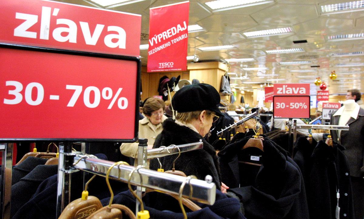 cdf7257018bd Obchodníci spúšťajú v týchto dňoch povianočné výpredaje - ekonomika ...