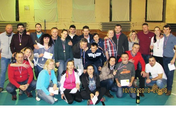 Spoločná fotka väčšiny účastníkov memoriálu.
