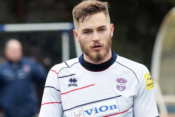 Nový pravý bek FC ViOn Juraj Kotula.