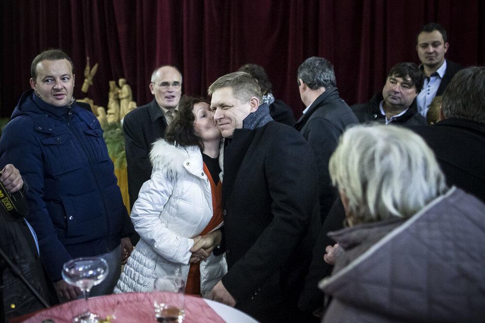 Premiér Robert Fico dostal vMojzesove bozk zvďaky za nové ihrisko.