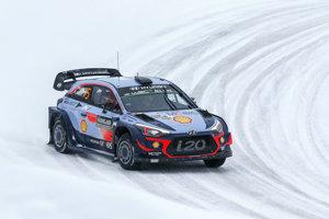 Thierry Neuville a Nicolas Gilsoul na trati Rely Švédska v Hyundai I20 C.