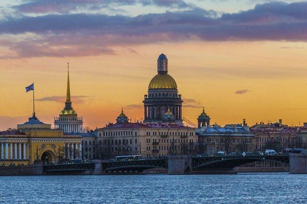 Rusko: Medzi top turistické mestá patrí Petrohrad a Moskva.