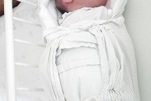 Z prvého dieťaťa Tobiasa Šefaru (3060 g a 48 cm) sa od 7. februára tešia Nikola Pobijaková a Peter Šefara z Brvnišťa.