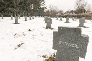 Veľa vojakov sa dodnes nepodarilo identifikovať.