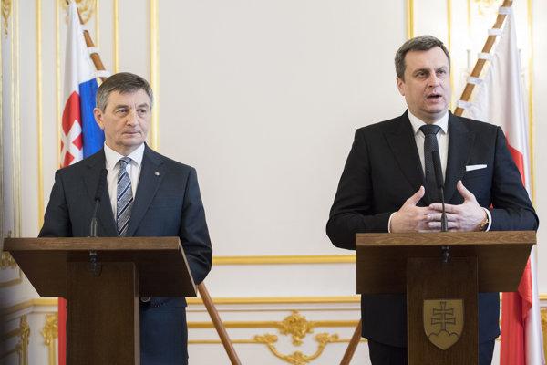 Predseda Národnej rady Andrej Danko (vpravo) a predseda poľského Sejmu Marek Kuchciňski.