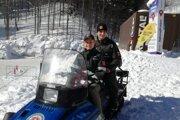 K dispozícii má polícia aj snežný skúter.