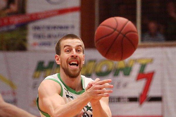 Na snímke Michal Baťka vo finálovom zápase Prievidza - Komárno.