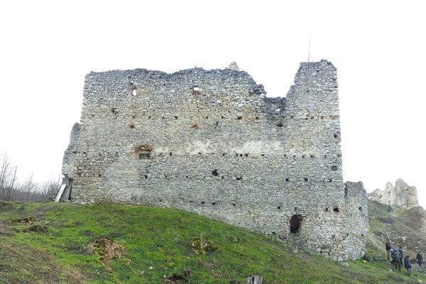 Zrúcanina hradu Korlátko.