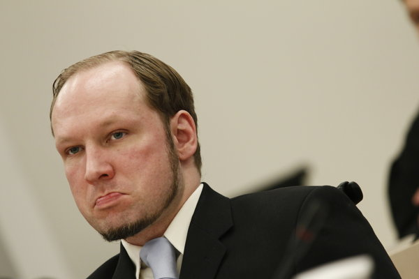 Anders Behring Breivik v roku 2011 odpálil v Osle auto naložené výbušninami a následne spustil paľbu v mládežníckom tábore na ostrove Utöya, pričom dovedna zabil 77 ľudí.