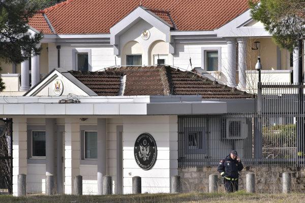 Americké veľvyslanectvo v Čiernej Hore po incidente s granátom znovu otvorili