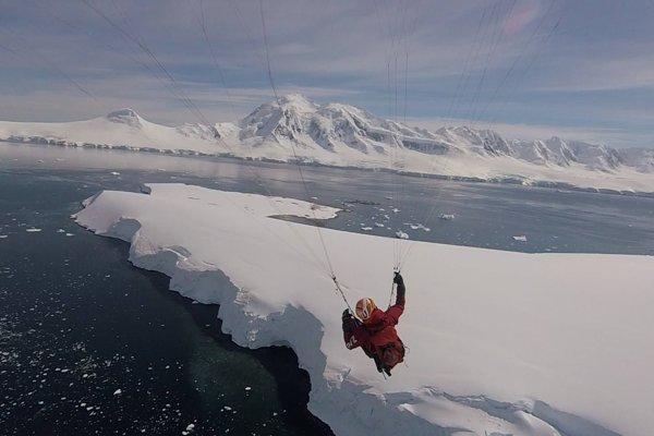 Z dobrodružnej cesty Juraja Koreňa v Antarktíde
