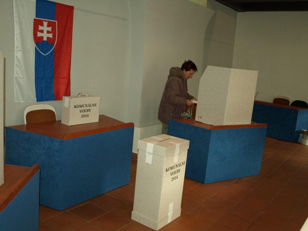 Komunálne voľby v Trnave neprebehli hladko.