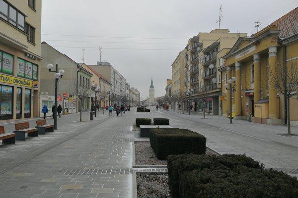 Pešia zóna v Trnave.