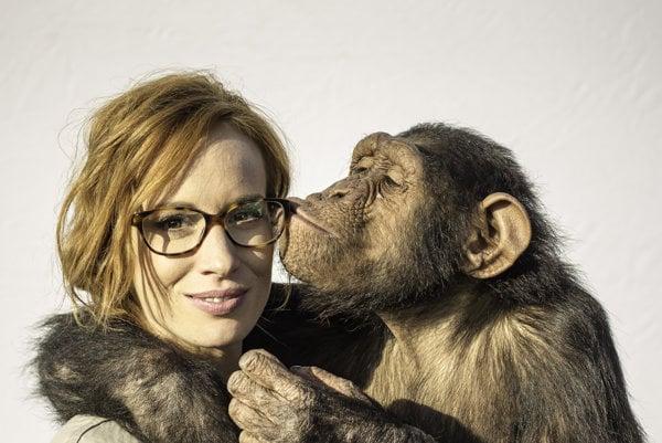 Táňa Pauhofová si so šimpanzicou Jenny rozumela.