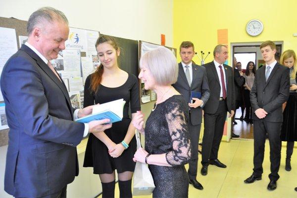 Prezident Andrej Kiska navštívil Gymnázium Tvrdošín.