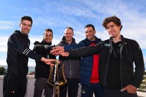 Zľava Tom Dumoulin, Fabio Aru, Christopher Froome, Vincenzo Nibali a Peter Sagan.