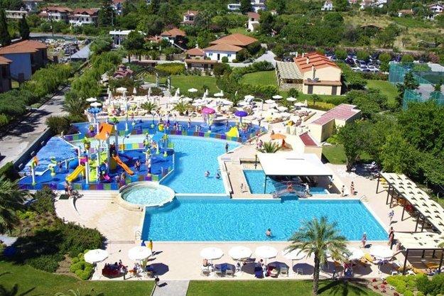Hotel Cronwell Platamon Resort 4*