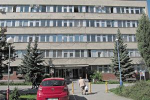 Dubničania v máji podpisovali petíciu za zachovanie polikliniky.