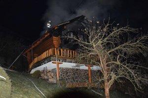 Požiar zrubového domu vypukol 3. 1. 2016 v Myslave. Vyčíňanie plameňov spôsobilo škodu za štvrť milióna eur, navyše sa pri požiari popálila jedna osoba. K požiaru v lokalite nazývanej Studnička prišlo jedenásť hasičských vozidiel, pričom zásah trval dvanásť hodín. Pri požiari sa mierne na rukách a tvári popálil majiteľ domu Jiří V., ktorý sa sám pokúšal plamene uhasiť. Príčina požiaru je nezistená, jedna z vyšetrovacích verzií hovorila o prskavke na vianočnom stromčeku.