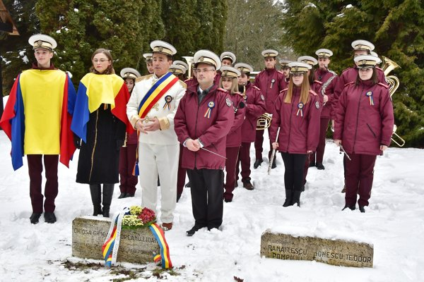 Rumunská delegácia si uctila svojich padlých vojakov.