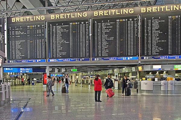 Odletová hala na frankfurtskom letisku