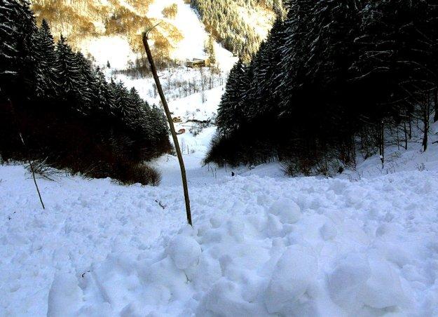 Na konci decembra 2001 spadlo na Slovensku vďaka intenzívnemu sneženiu niekoľko lavín. Jedna z nich aj pri Tureckej. Nad obcou pri nej zahynula 40 - ročná turistka.