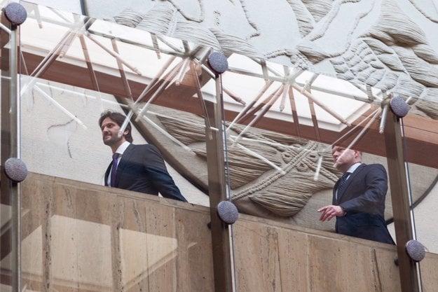 Kaliňák a Fico po rokovaní vlády.