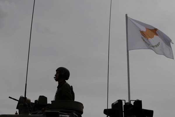 Rozdelený Cyprus minulý rok oslávil 55 rokov nezávislosti od Veľkej Británie.