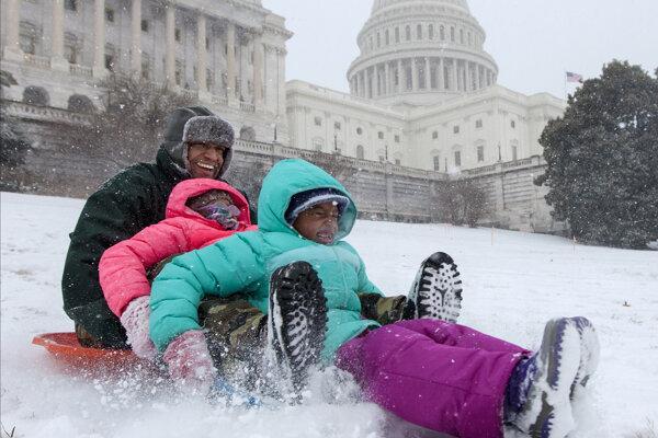 Región Washingtonu sa pripravuje na mohutný blizzard.