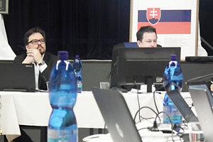 Radoslav Machan (vľavo) čiastočne nahradil bývalú prednostku.