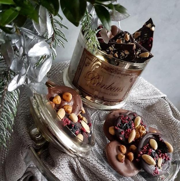 Čokoládové kolieska s orieškami a sušeným ovocím
