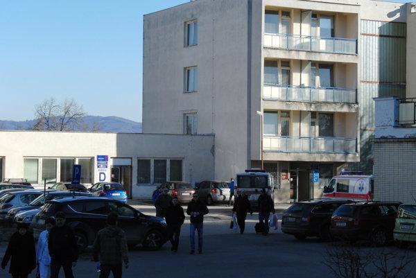 Bez obmedzení bude bojnická nemocnica fungovať aj po 1. februári.
