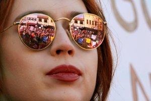 Účastníčka amerického pochodu za životy.