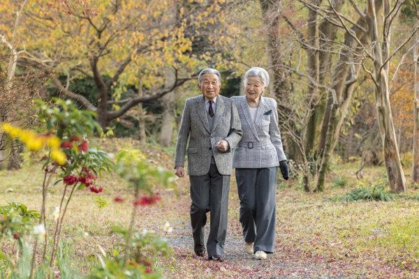 Japonský cisár Akihito a jeho manželka Mičiko.