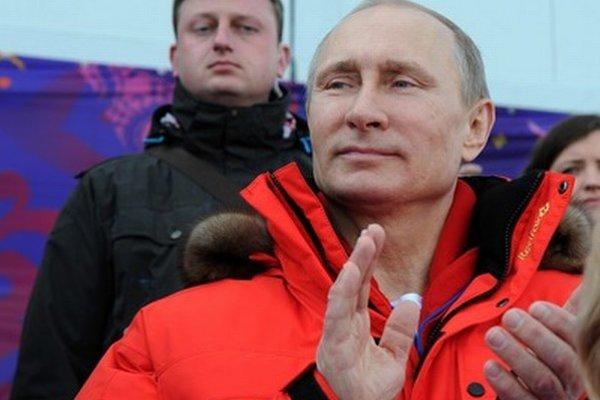 Putinovi zatiaľ úsmev nezamrzol.