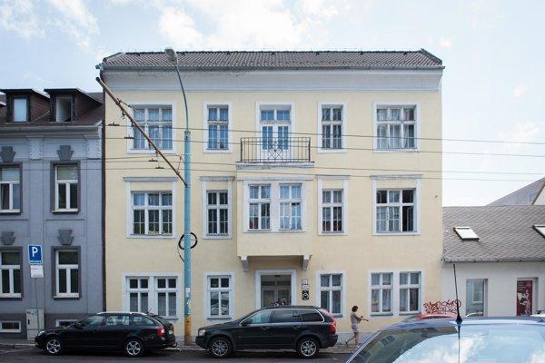 Budova Majáku nádeje na Karpatskej ulici.