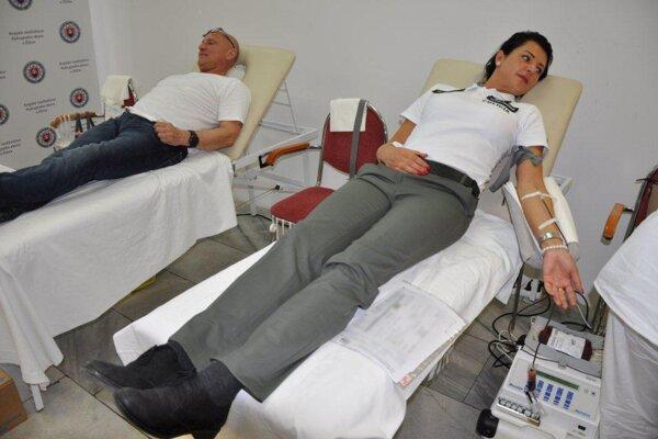 Na Krajskom riaditeľstve Policajného zboru v Žiline prebehla dobrovoľná akcia pod názvom Policajná kvapka krvi.