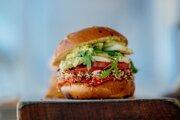 Vegánsky burger.