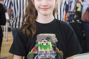 V súťaži navigovania robotov sa jej ako jednej z mála podarilo prejsť celou dráhou medzinárodnej súťaže robotov Istrobot.