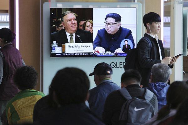 O schôdzke Kim Čong-una a Mika Pompea informovali aj médiá v Južnej Kórei.
