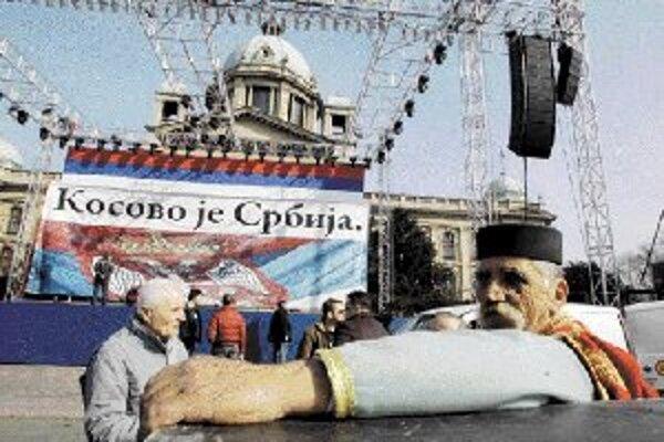 Väčšina Belehradu sa chce vrátiť do normálneho stavu.