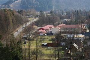 Doprave v Liptovskom Hrádku by výrazne pomohol podjazd popod železnicu.