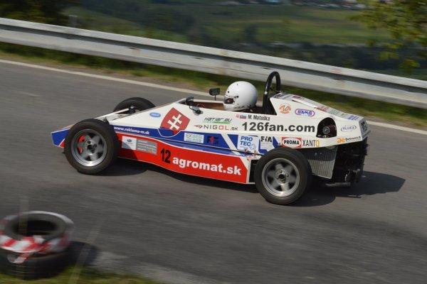 Martin Matuška vo svojom monoposte F1.26 na domácej trati Budča-Ostrá Lúka - ilustračné.