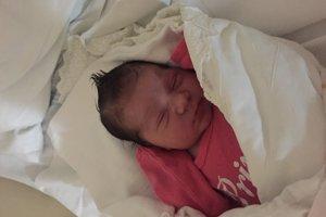 Sara Slišková (3210 g, 50 cm) sa narodila 20. decembra Jane a Danielovi z Omšenia.