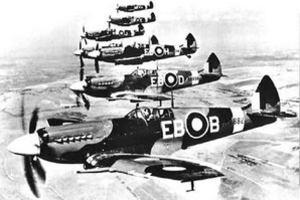Stíhačka Spitfire bola symbolom RAF počas druhej svetovej vojny.