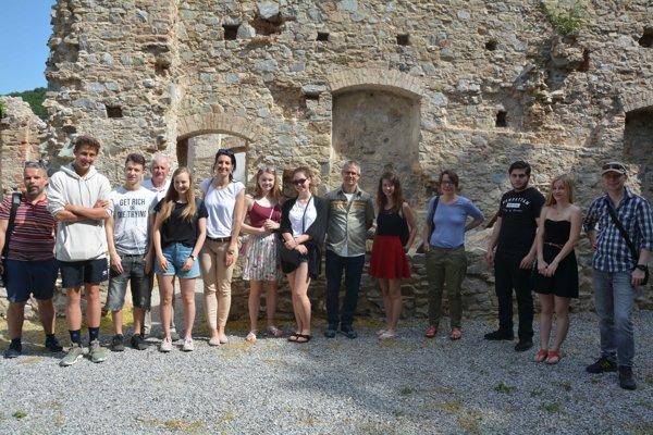Zahraničné delegácie si v rámci dvojdňového workshopu v Nitre  prezreli i výsledky pokračujúcich rekonštrukčných prác zoborského kláštora.